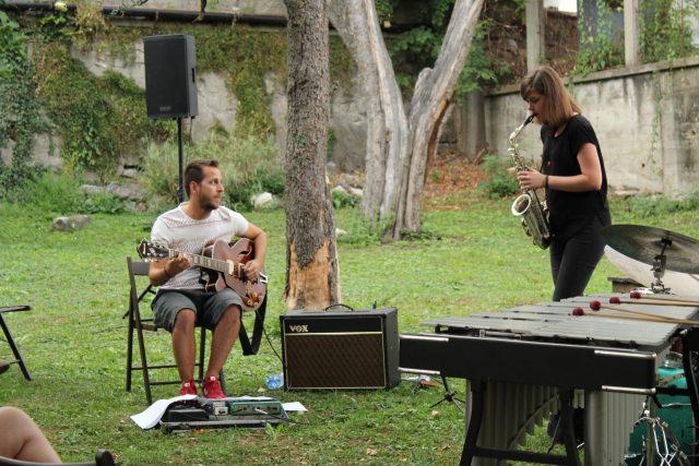 Koncert v záhrade Vily Skuteckých: uouo