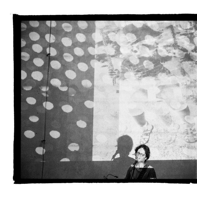 35 - Troj~koncert v záhrade Skuteckého: Juraj Havlík, Secret Session, Clube de ESQUIAR